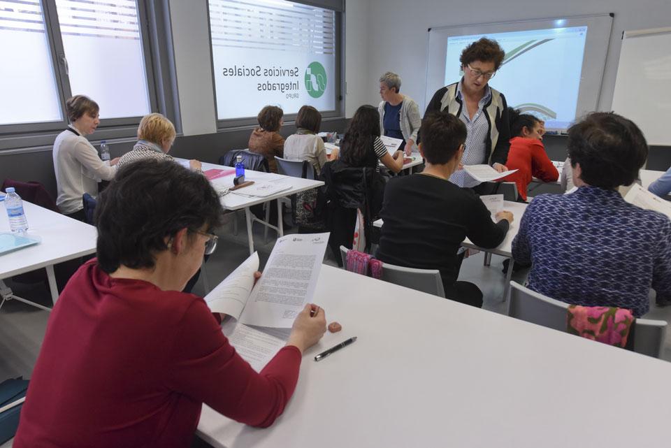 Het testen van het lesmateriaal in Bilbao (Spanje), Glasgow (Schotland) en Utrecht (Nederland)